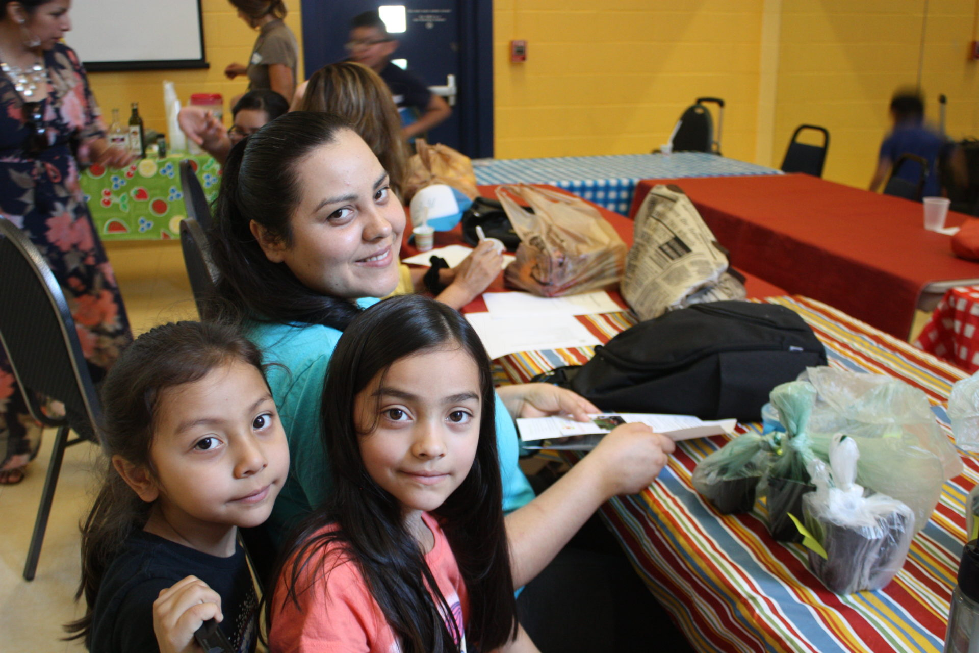 Salsa, Sabor y Salud is YWCA's Spanish health program for Latinx families